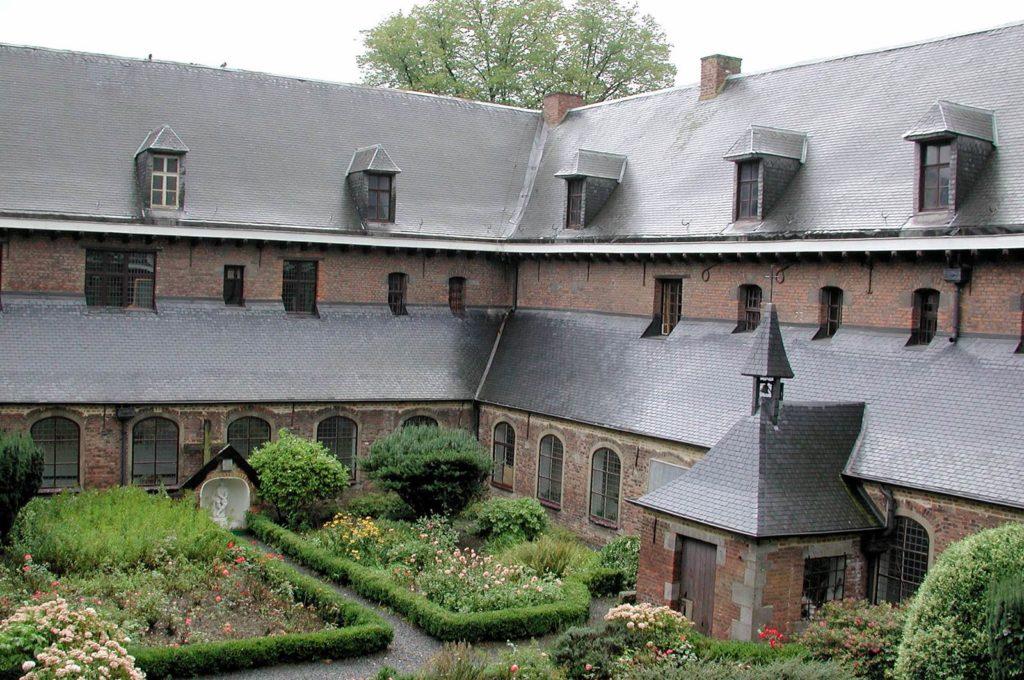Le Roeulx Cloitre de l'Hopital Saint Jacques