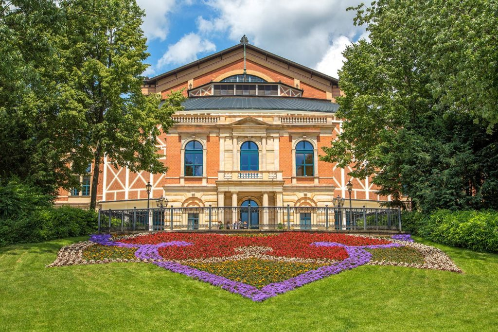 Bayreuth Festspielhaus (c) Andreas Harbach