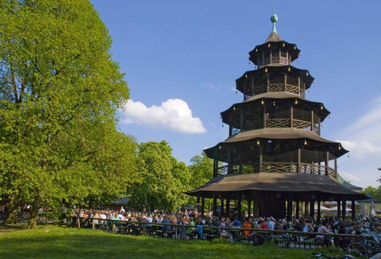 Munich Jardin anglais Tour chinoise