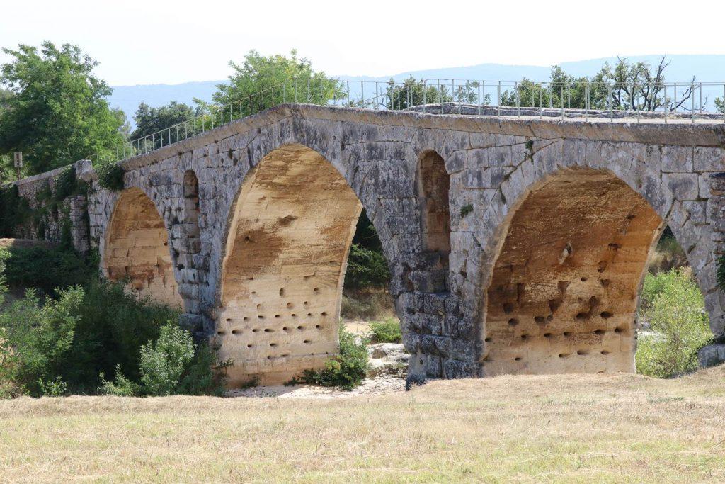 Pont Julien Luberon