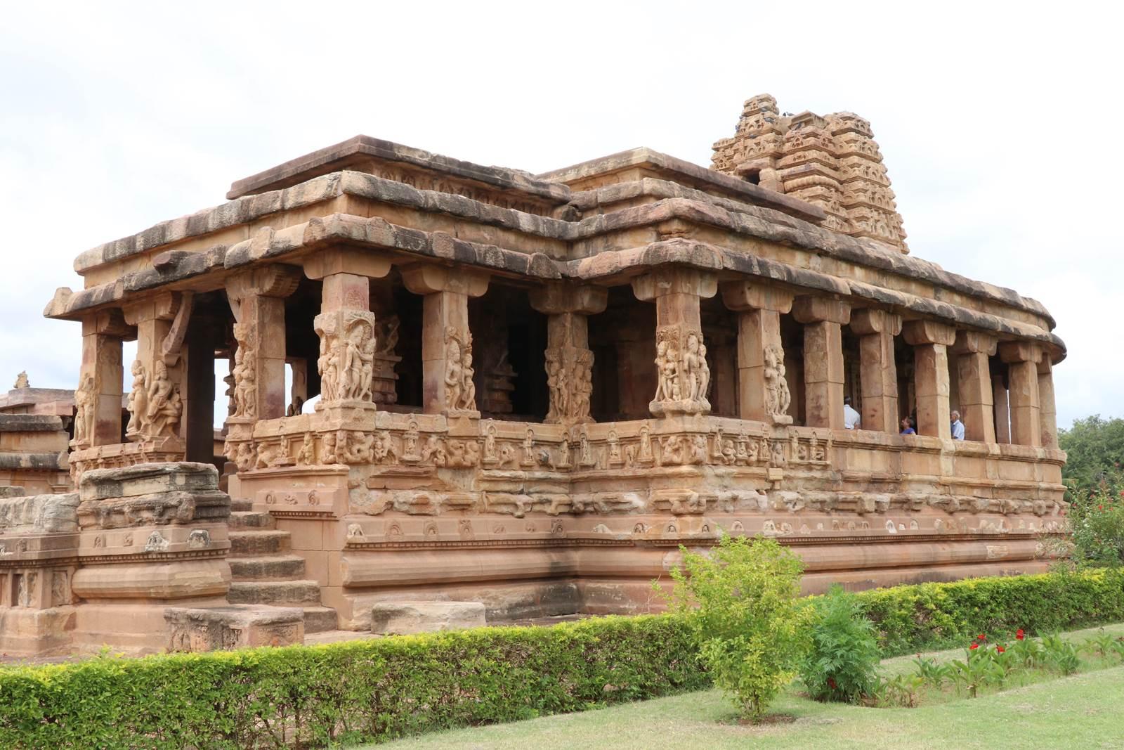 Aihole Karnataka (1)