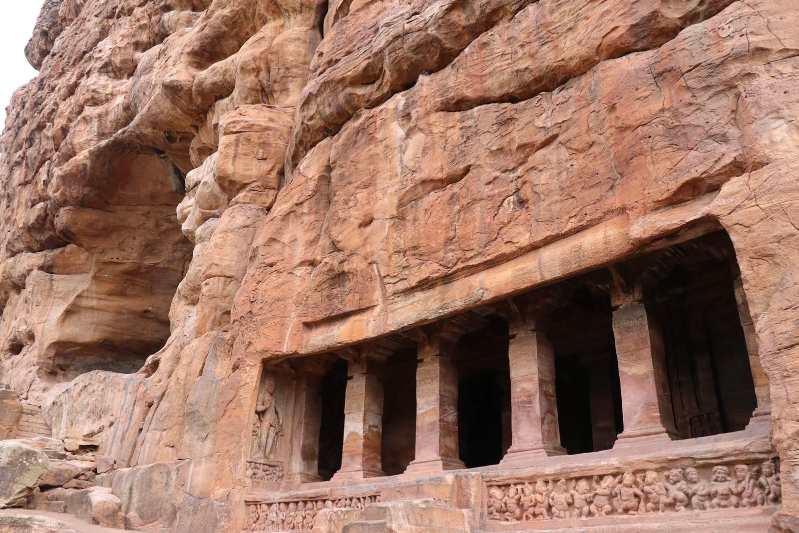 Karnataka Badami cave 2