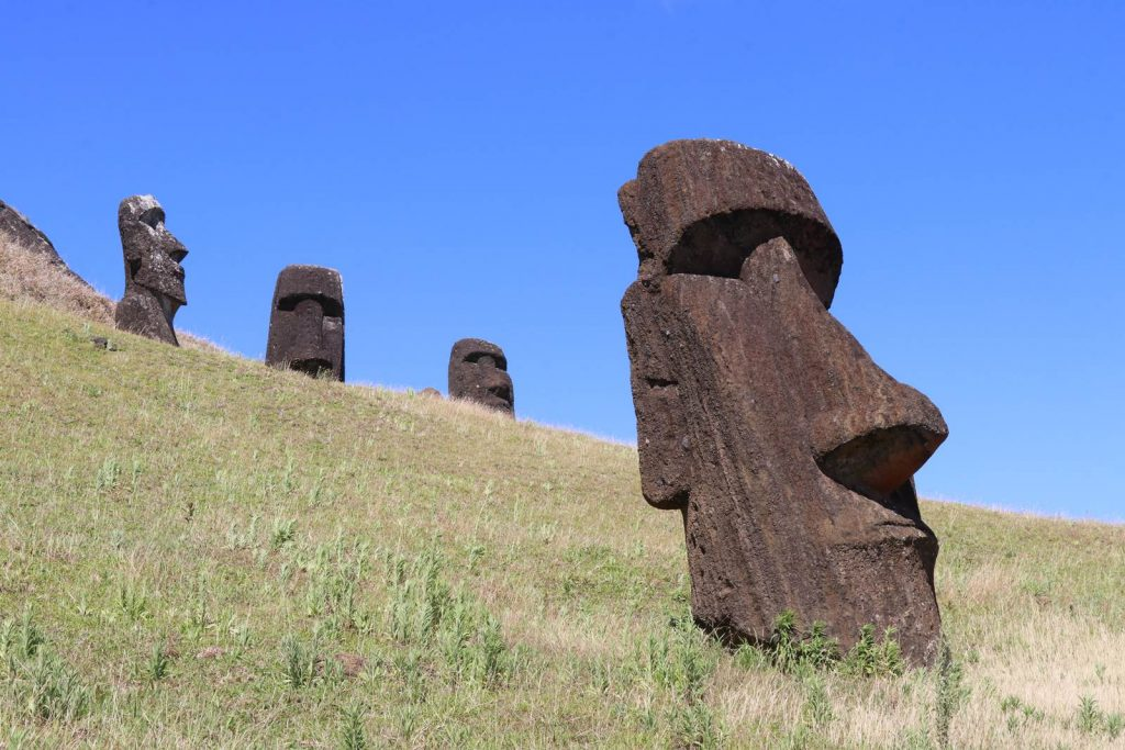 Ile de Paques Moai Rano Raraku