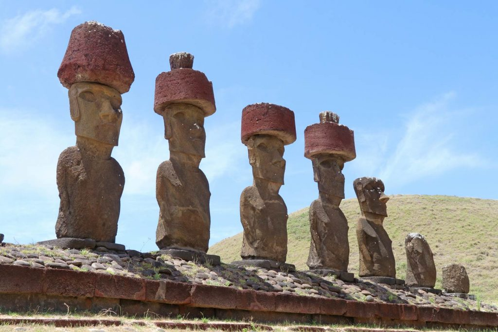 Ile de Paques Moai Anekana