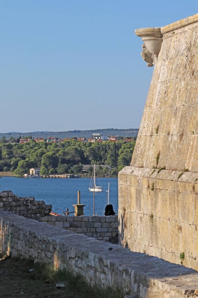 Pula Istrie fort véntien