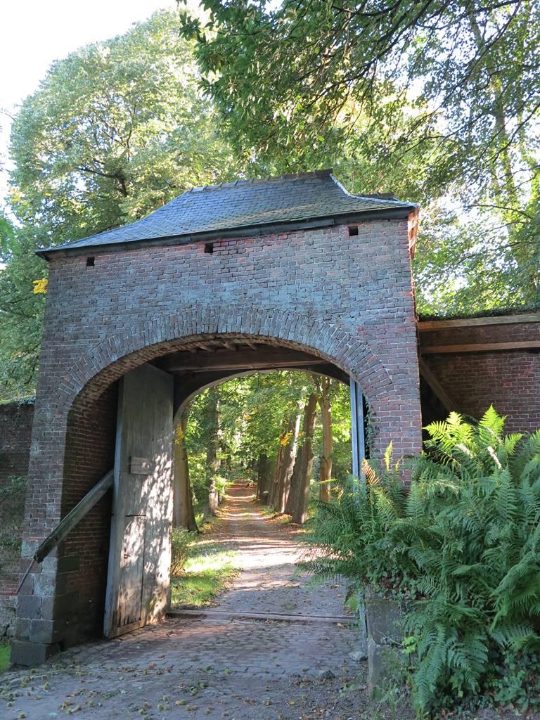 Jardin Abbaye d'Aywiers (19)