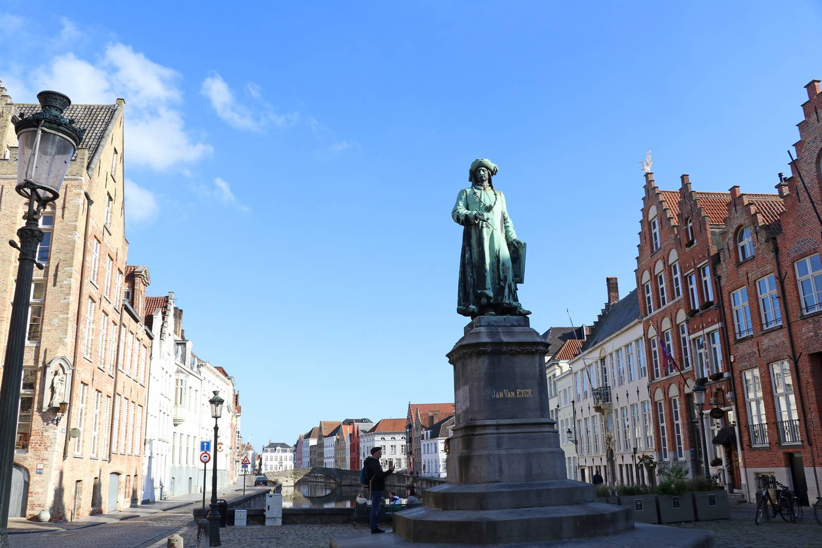 Place Jan Van Eyck Bruges (4)