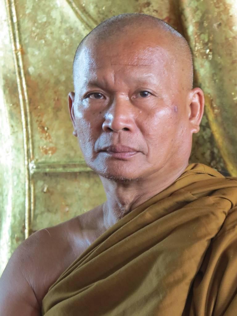Ayutthaya Wat Phanan Choeng (1)