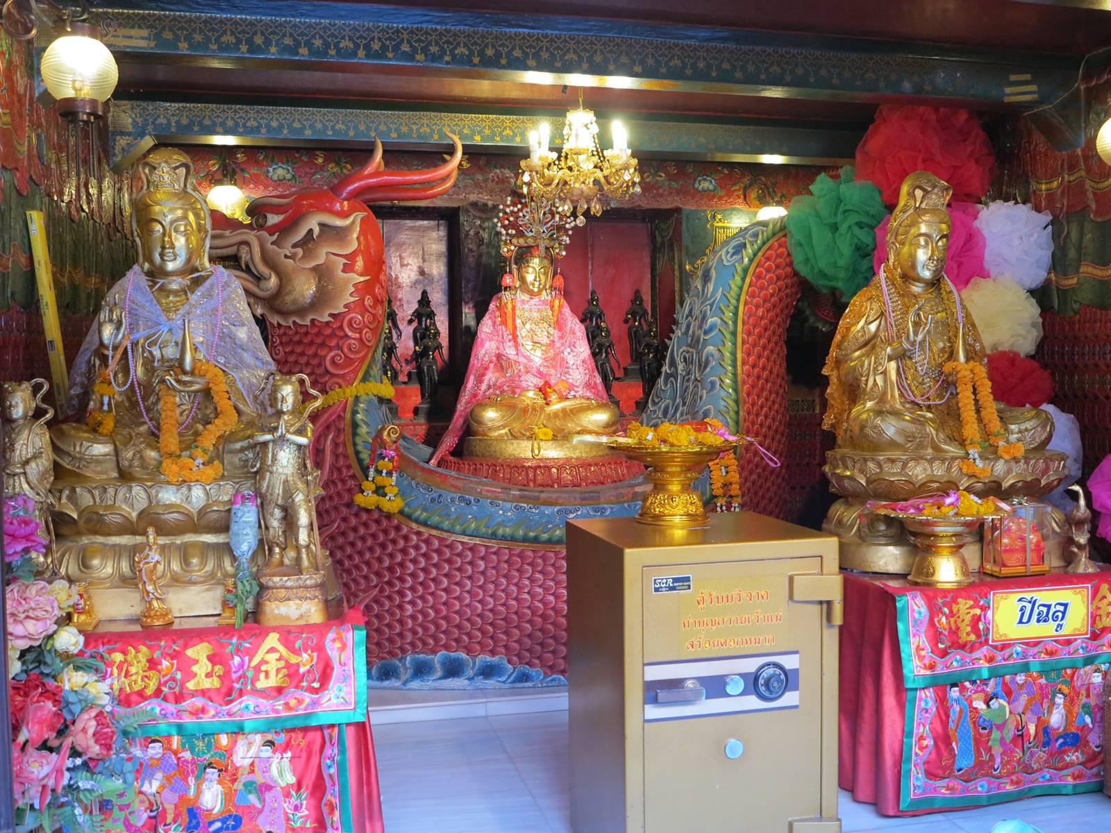 Ayutthaya Wat Phanan Choeng (5)