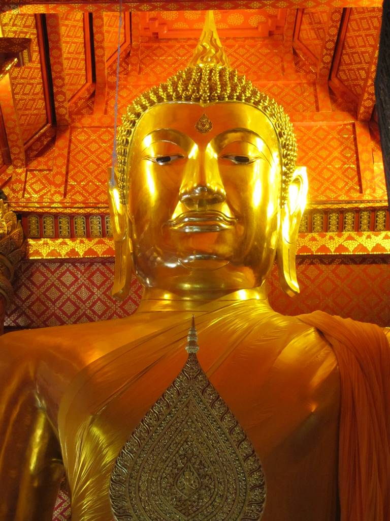 Ayutthaya Wat Phanan Choeng (8)