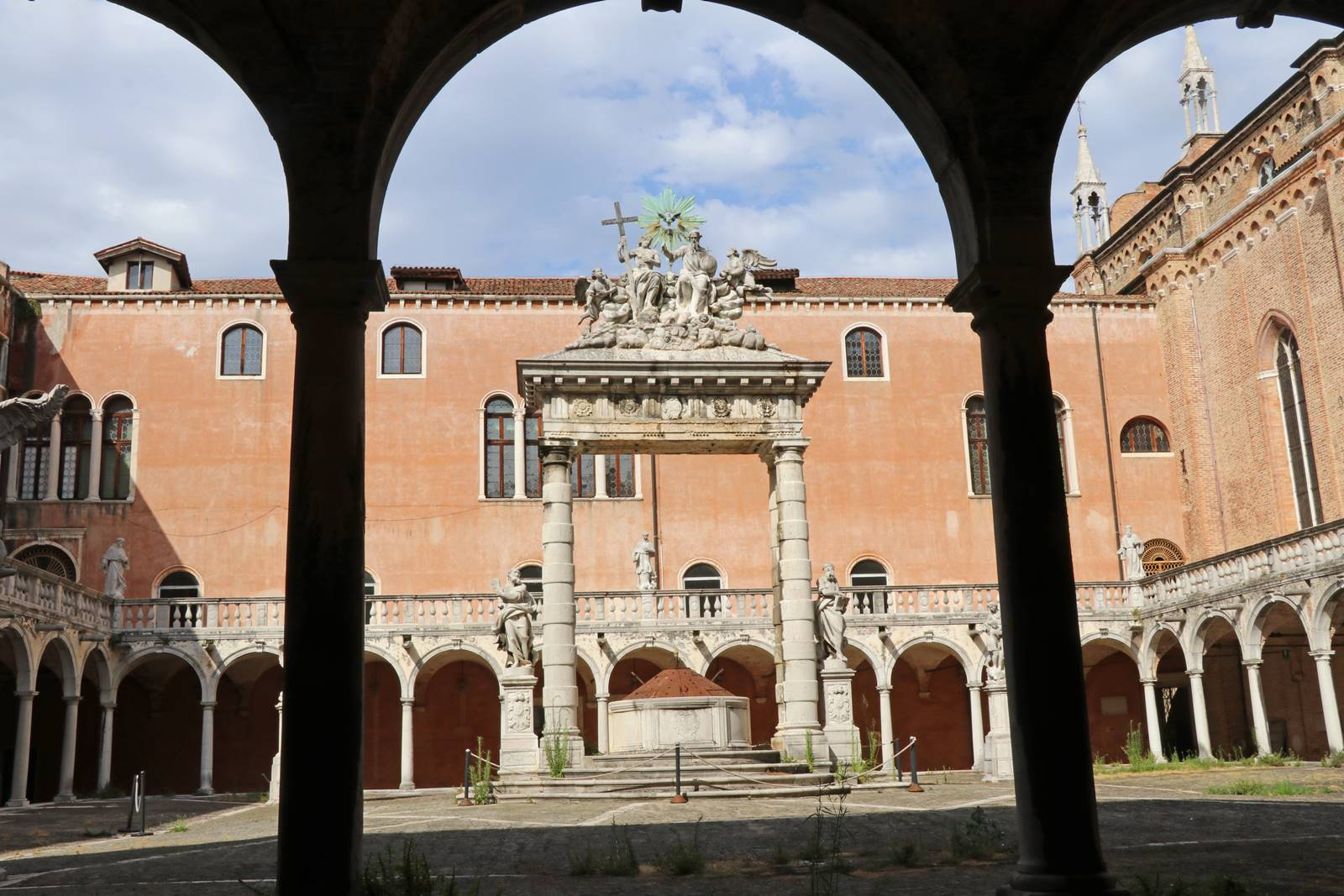 38 Basilique dei Frari (2)