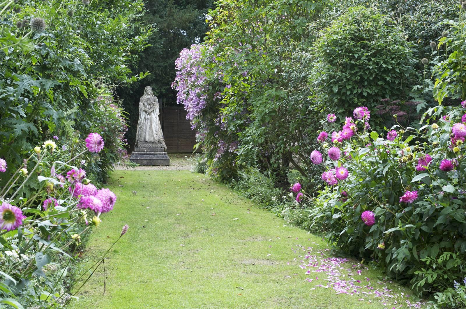 Athelmapton House & gardens (19)